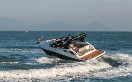 Armatti 300 Spyder Port Side 2