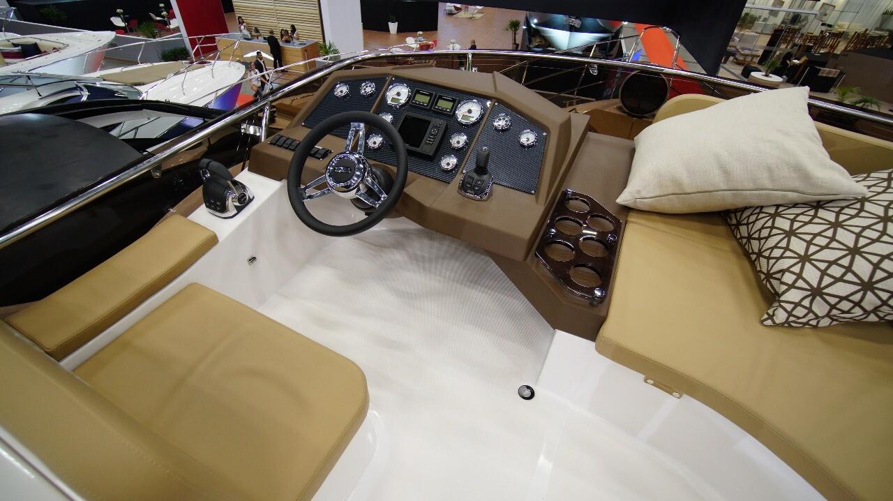 Armatti 480 Sport Fly Upper Helm