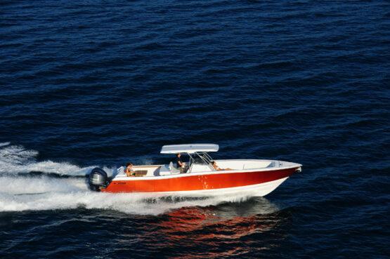 Raptor 375 Solarium Cruising 2