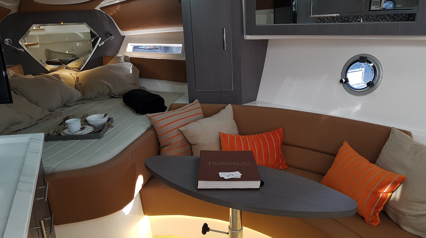Armatti 370 Gran Coupe Cabin 2