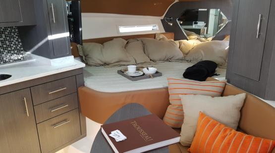 Armatti 370 Gran Coupe Cabin
