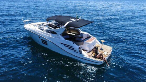 Armatti 370 Gran Coupe Port Side