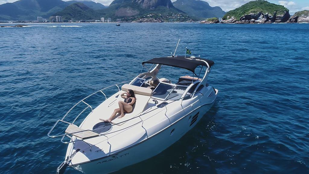 Armatti 370 Gran Coupe Bow