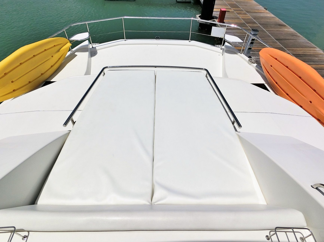 Leopard 43 Power Catamaran Fore Deck Sun Pad