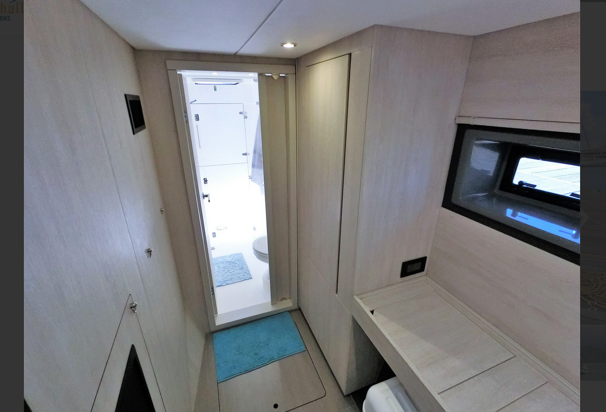 Leopard 43 Power Catamaran Interior 2