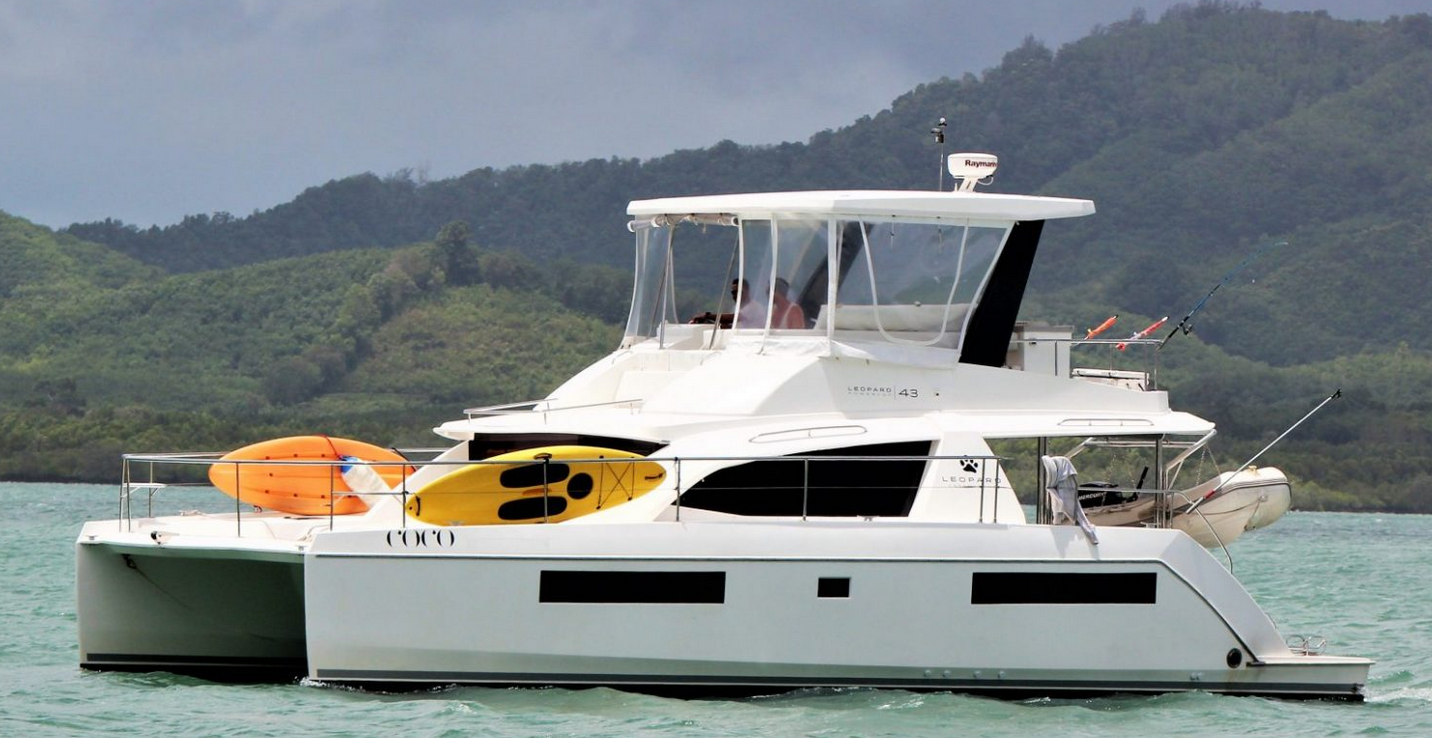 Leopard 43 Power Catamaran