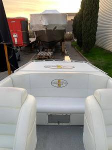Cigarette Top Gun 38 Cockpit 2